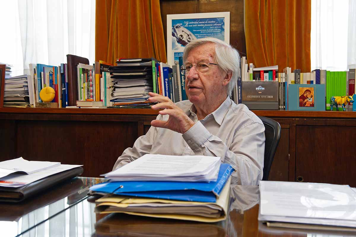 Agencia japonesa R&I mantuvo grado inversor de economía uruguaya y elevó la perspectiva de estable a positiva