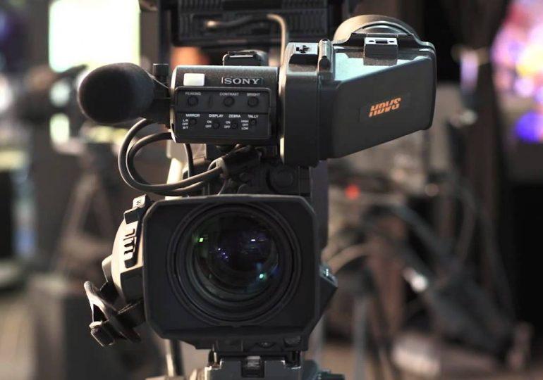 Se seleccionaron tres señales comerciales de TV para ser difundidas por los servicios de TV para abonados