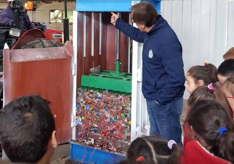 Solís Grande: avanza proyecto de reciclado del plástico